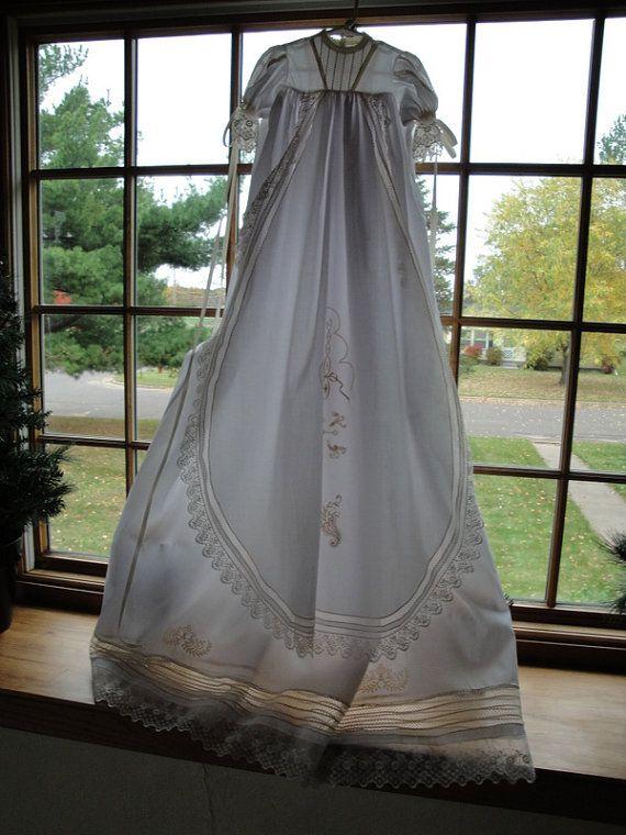 Christening Gown   beba cumple   Pinterest   Taufkleider