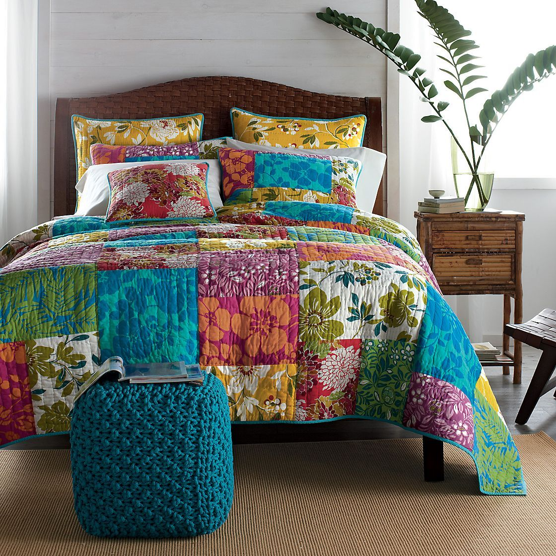 Patchwork bed sheets patterns - Rio Quilt The Liveliest Way To Wake Up Your Bed For The Summer Months Quilt Beddingcomforterpatchwork