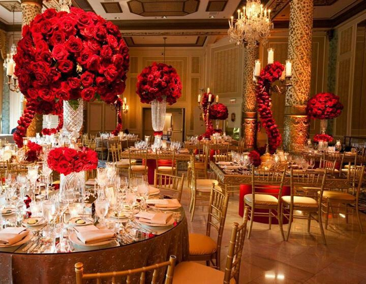 Beautiful Gold wedding colors Red wedding Winter