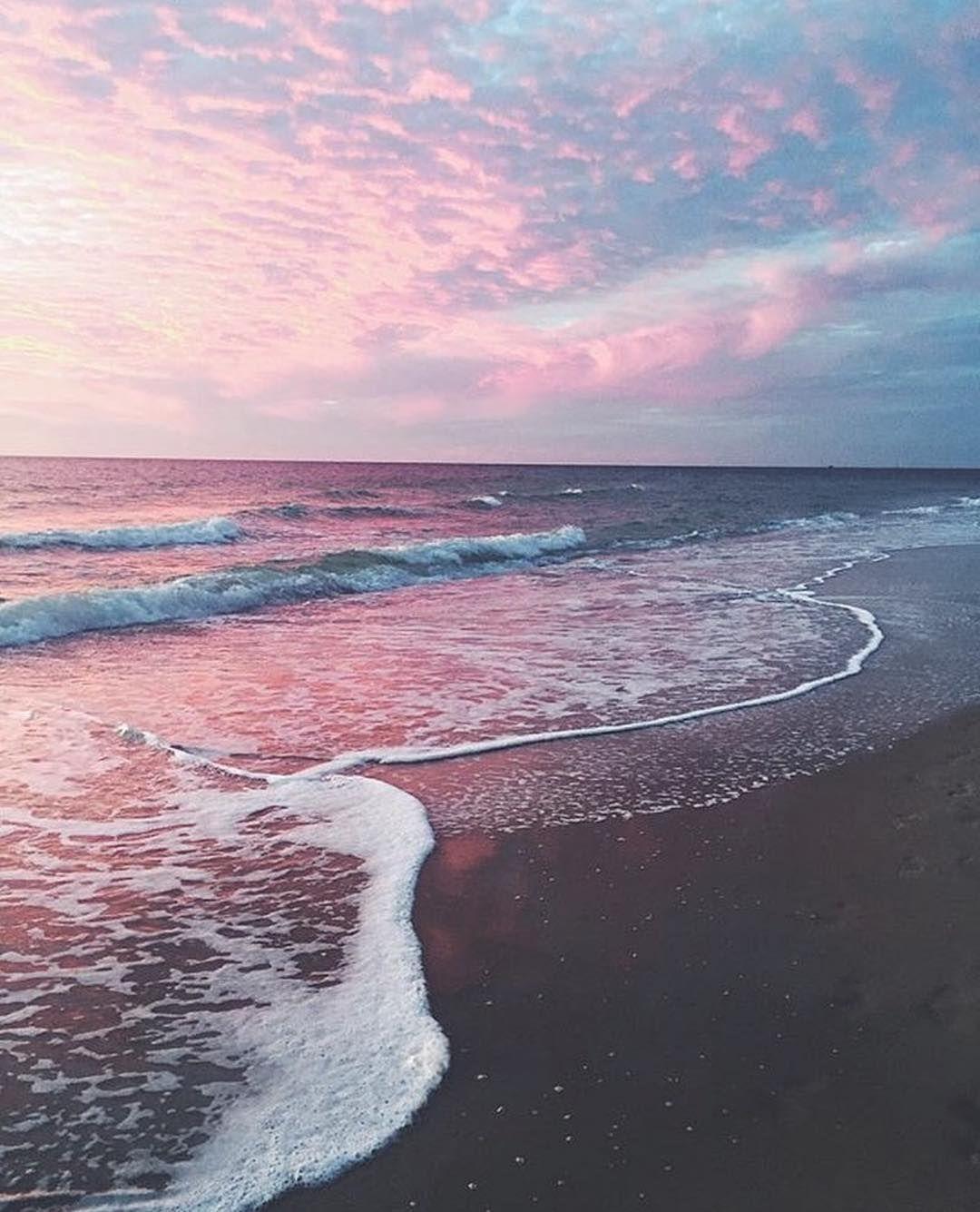 Pink Beach Aesthetic Wallpaper