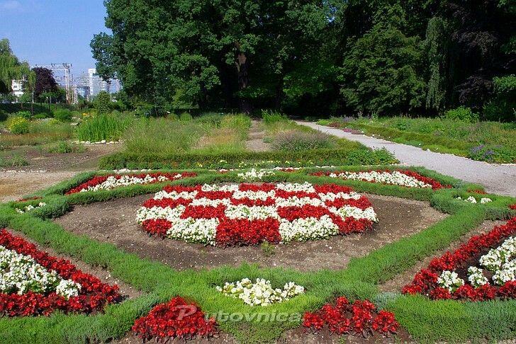 Botanicki Vrt U Zagrebu Croatia Beautiful Gardens Flower Beds