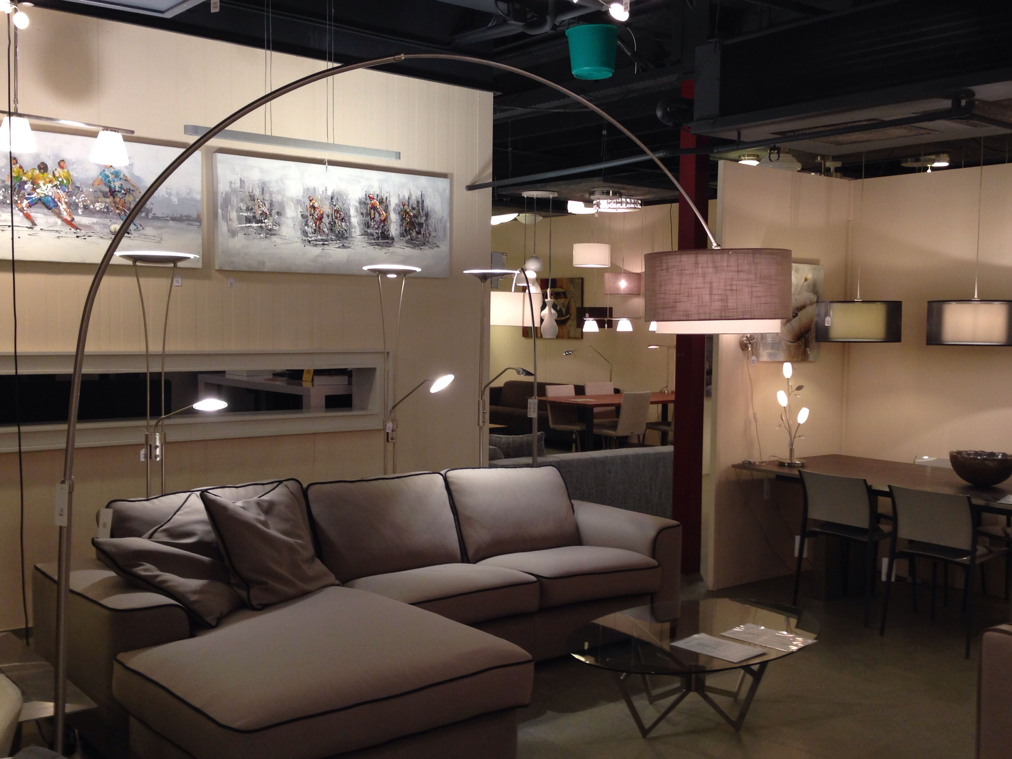 Staande Lamp Landelijk : Showroom winkel modern landelijk wonen vloerlamp booglamp