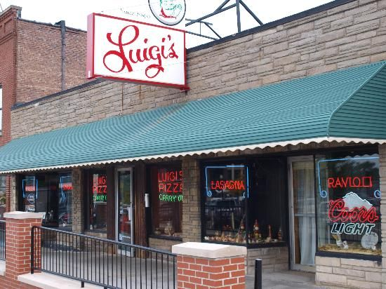 Luigi S Restaurant Akron Oh Great Food And Atmoshphere Love Watching The Band Box Over Front Door
