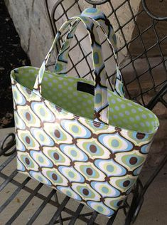 You'll Love this Easy to Make Summer Tote | Lazy Girl Designs