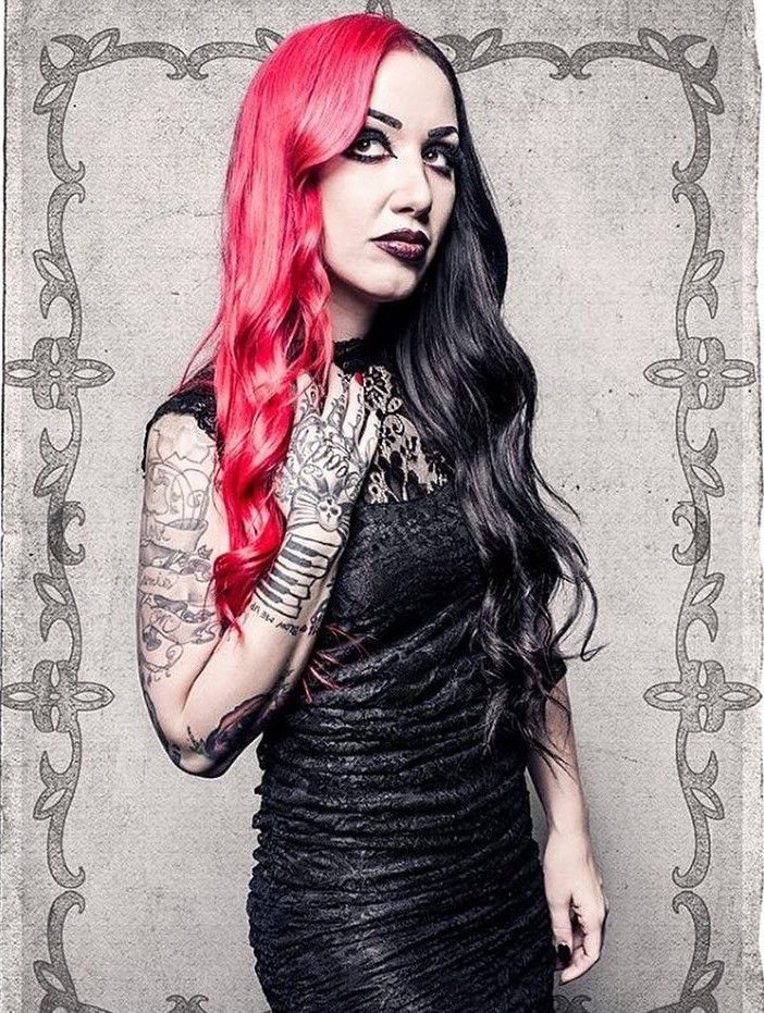 Ash Costello † Lead Singer From The Band New Years Day