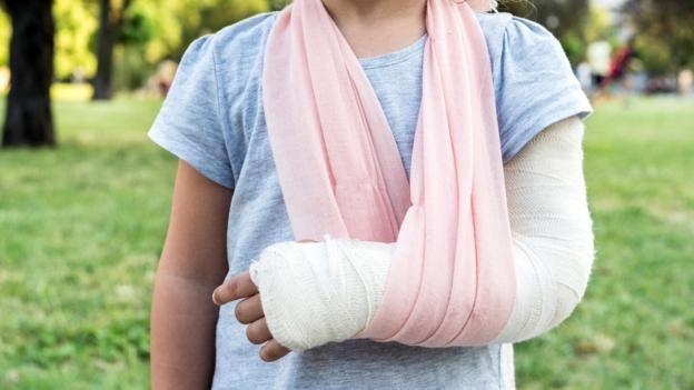 migliori offerte su preordine prezzo economico The best way to fix broken bones might be with glass   Homeopathy ...