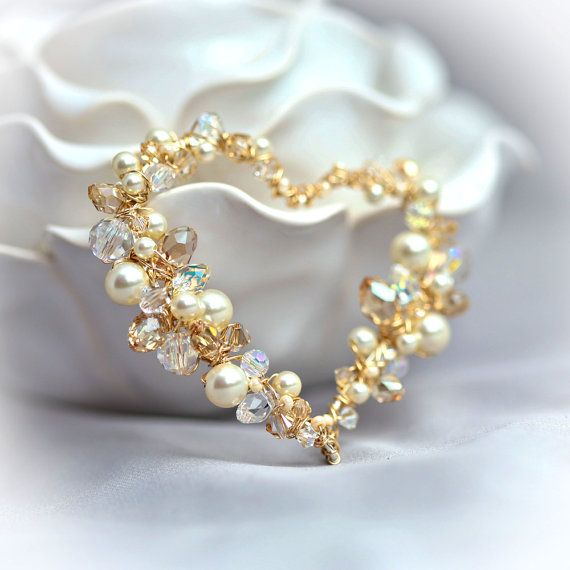 Perle et cristal Sterling et fil d'or enveloppé par Mayahelena, $135.00