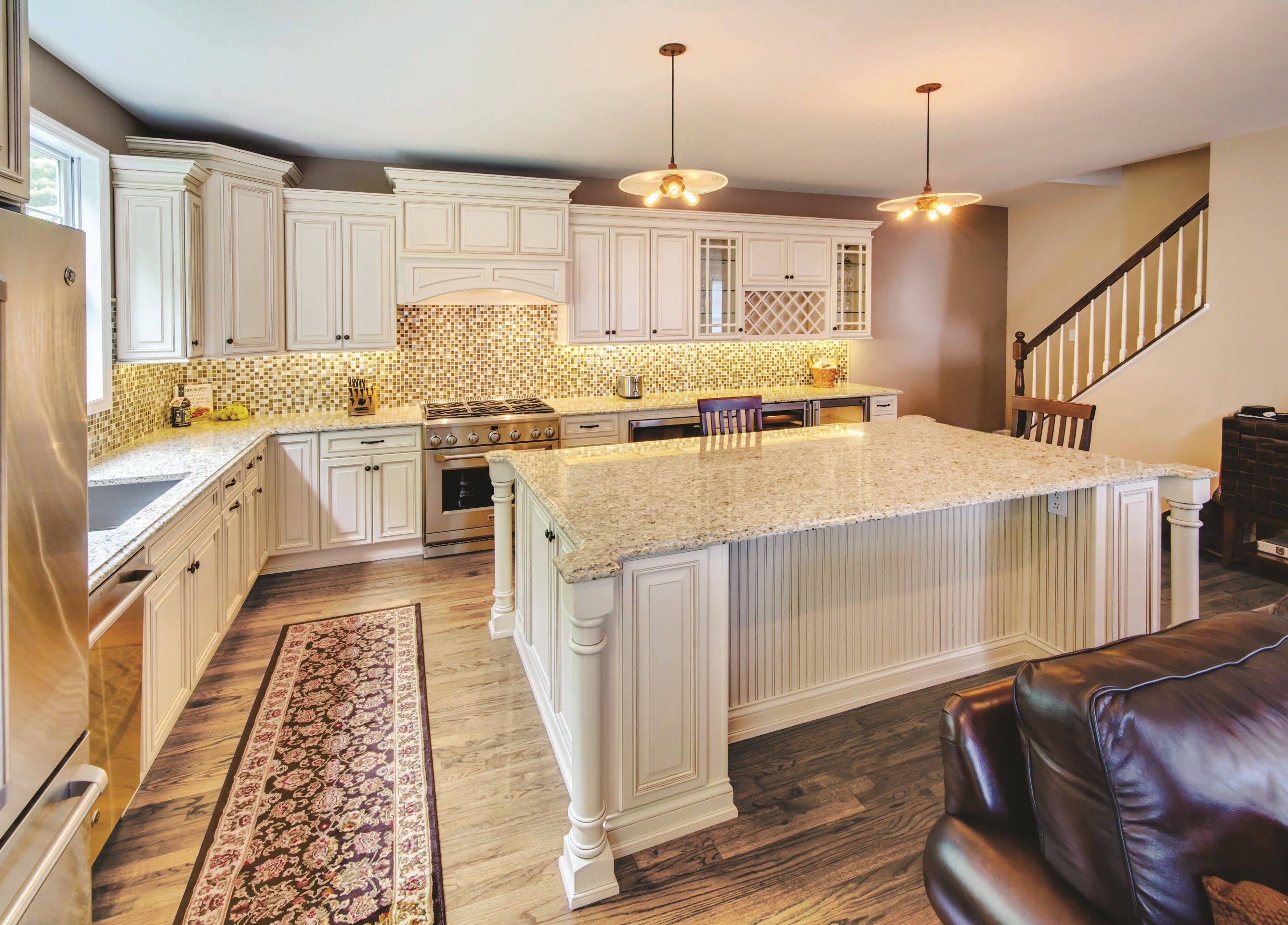 Fabuwood Wellington Ivory Choose Wellington And Design A Home That Captures A Warm Familiar Kitchen Cabinets Assembled Kitchen Cabinets New Kitchen Cabinets