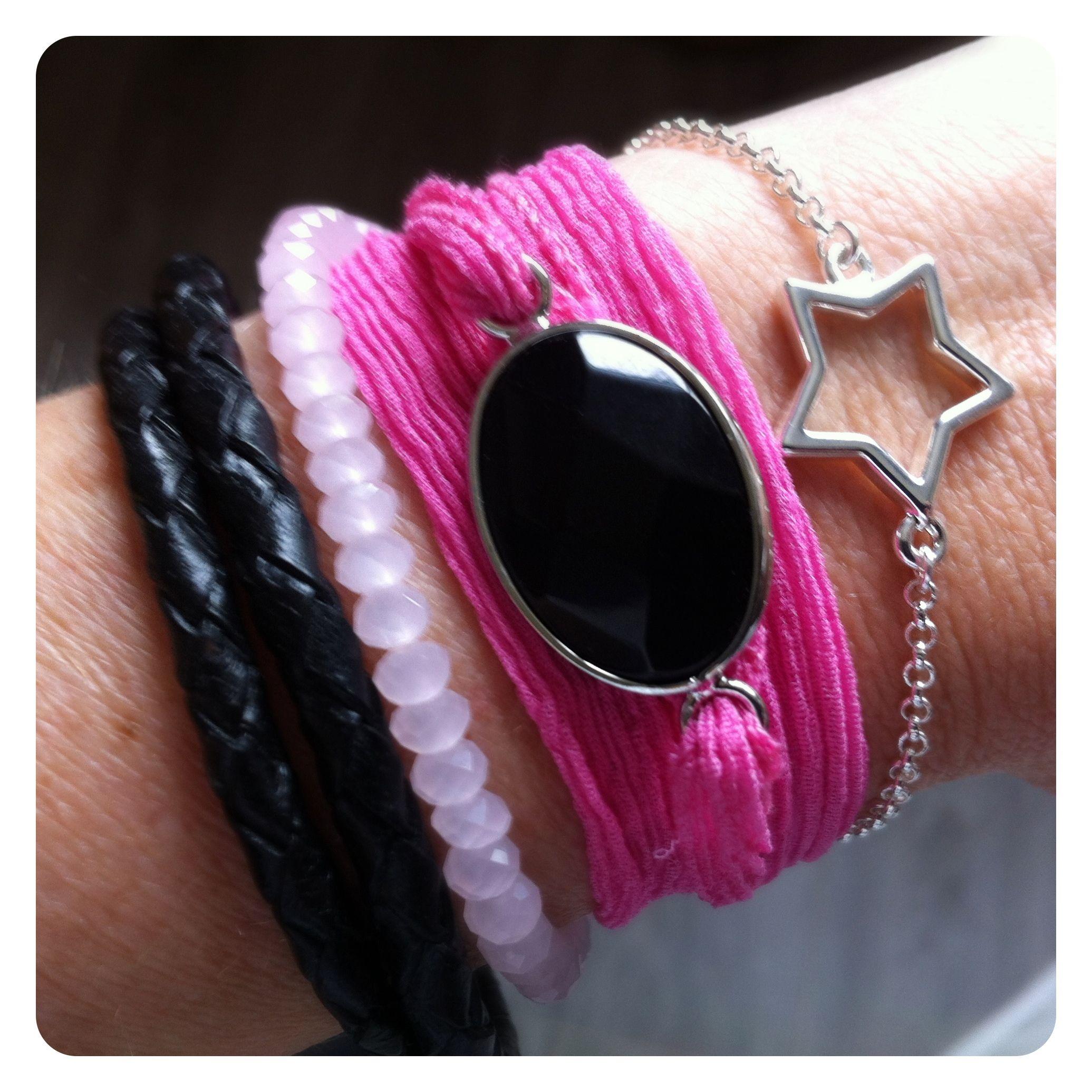 Inspiratie zijde armband... Leuk te combineren met je andere armbandjes http://www.nellastyling.nl/c-1183154/armbanden/