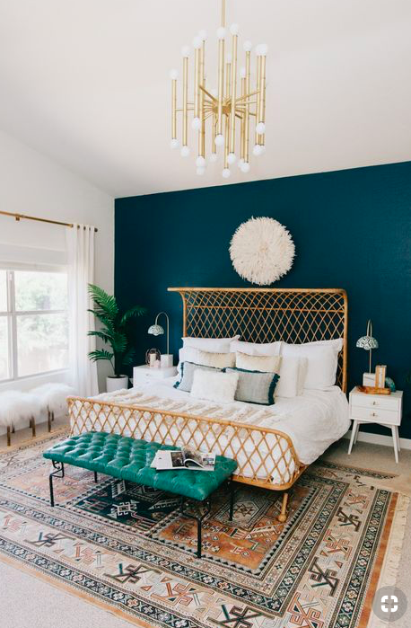 Boho Master Bedroom. Bohemian rustic cozy master bedroom ideas to get you inspired to redecorate. Whether you plan to thrift shop or buy from urban outfitters, you need to see these bedroom ideas!