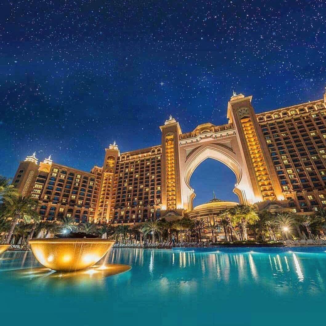 Atlantis The Palm 5 Star Hotel Resort Dubai Uae Uaevoice Atlantis Thepalmislands Dubai Hotelandresort Dubai Palm Island Dubai Life