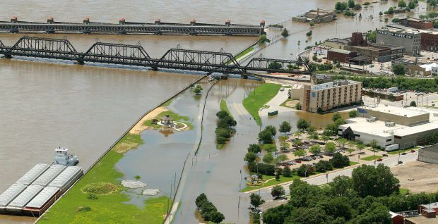 Aerials of the Flooding Mississippi River : Weather ...
