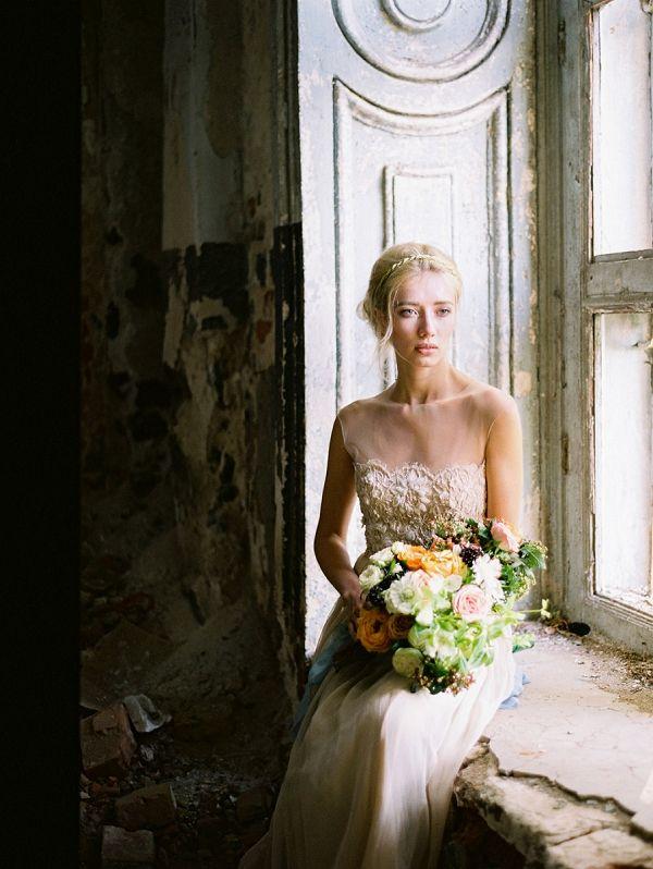 Bride Greek Mythology Wedding Inspiration By Elena Pavlova Photography