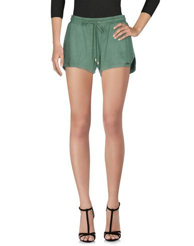 MARIAGRAZIA PANIZZI Women's Shorts Light green 6 US