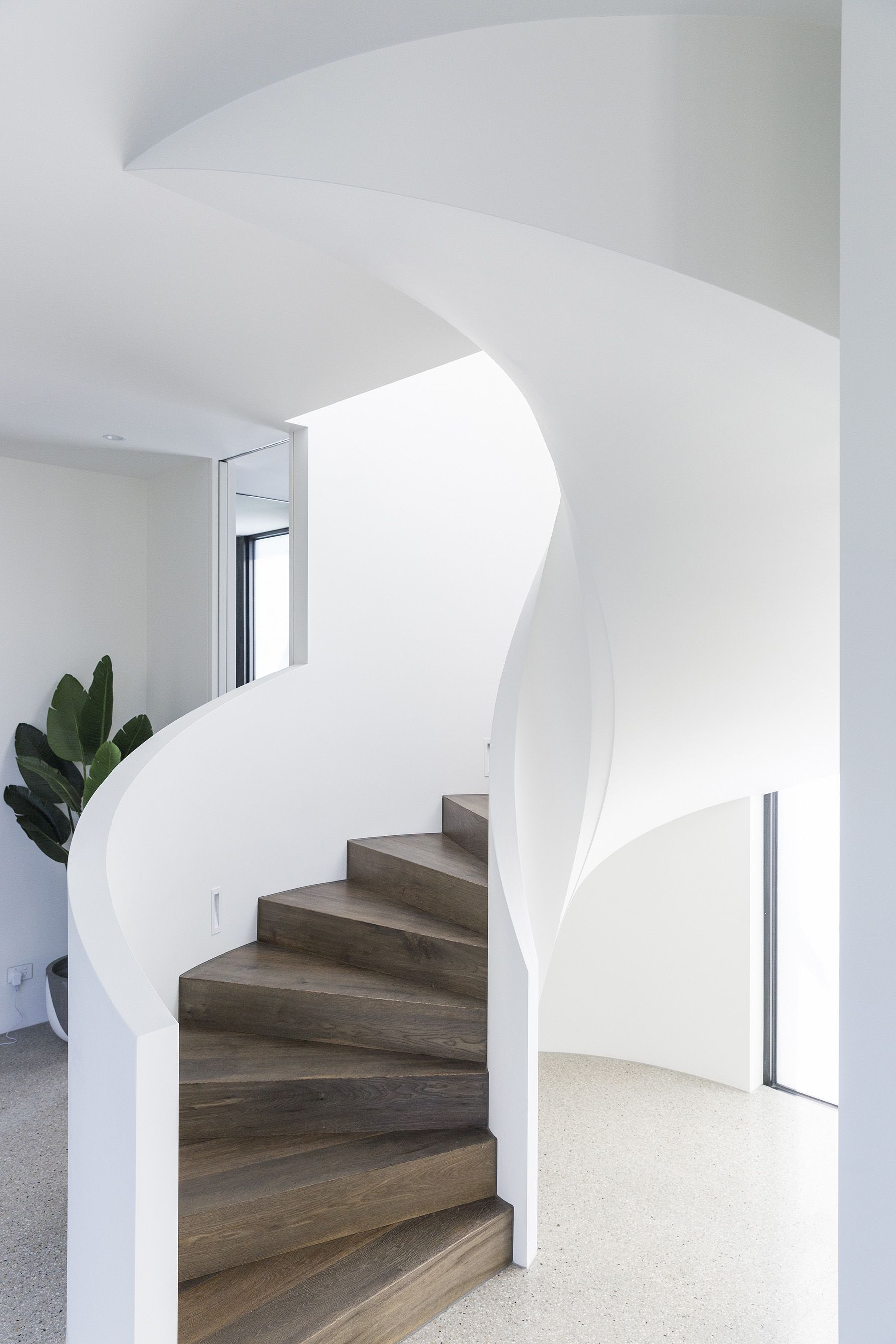 Curved Architecture Stairs Curved Stair Architectural Plaster Walls Staircase