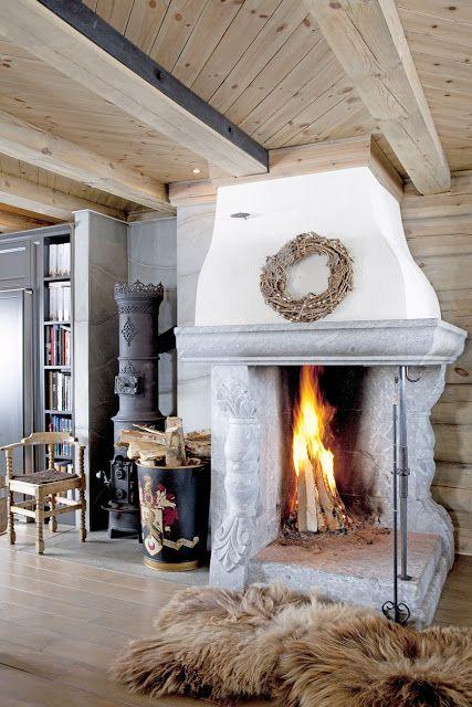 Love The Fire Place Cheminee Poele A Bois Maison Bois Poele A Bois