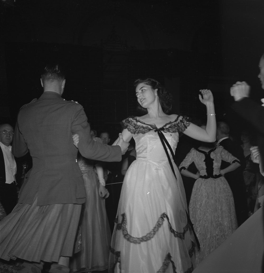 Vintage photo tuesday the social dance awesome vintage pictures