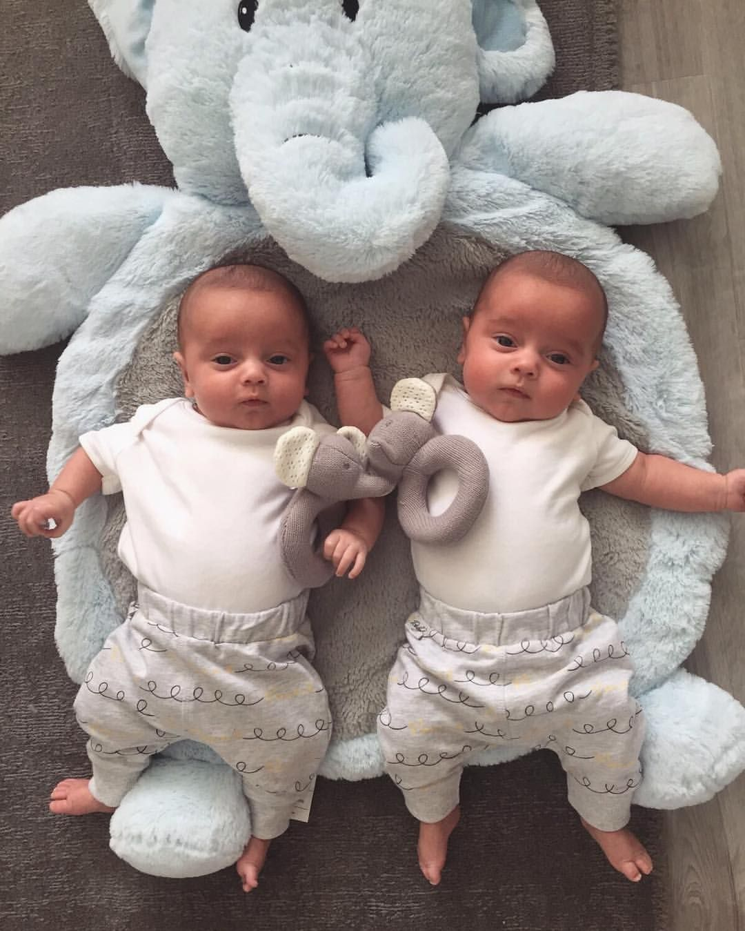Pin by Suanetteg on Family  | Baby boy gifts, Cute ...