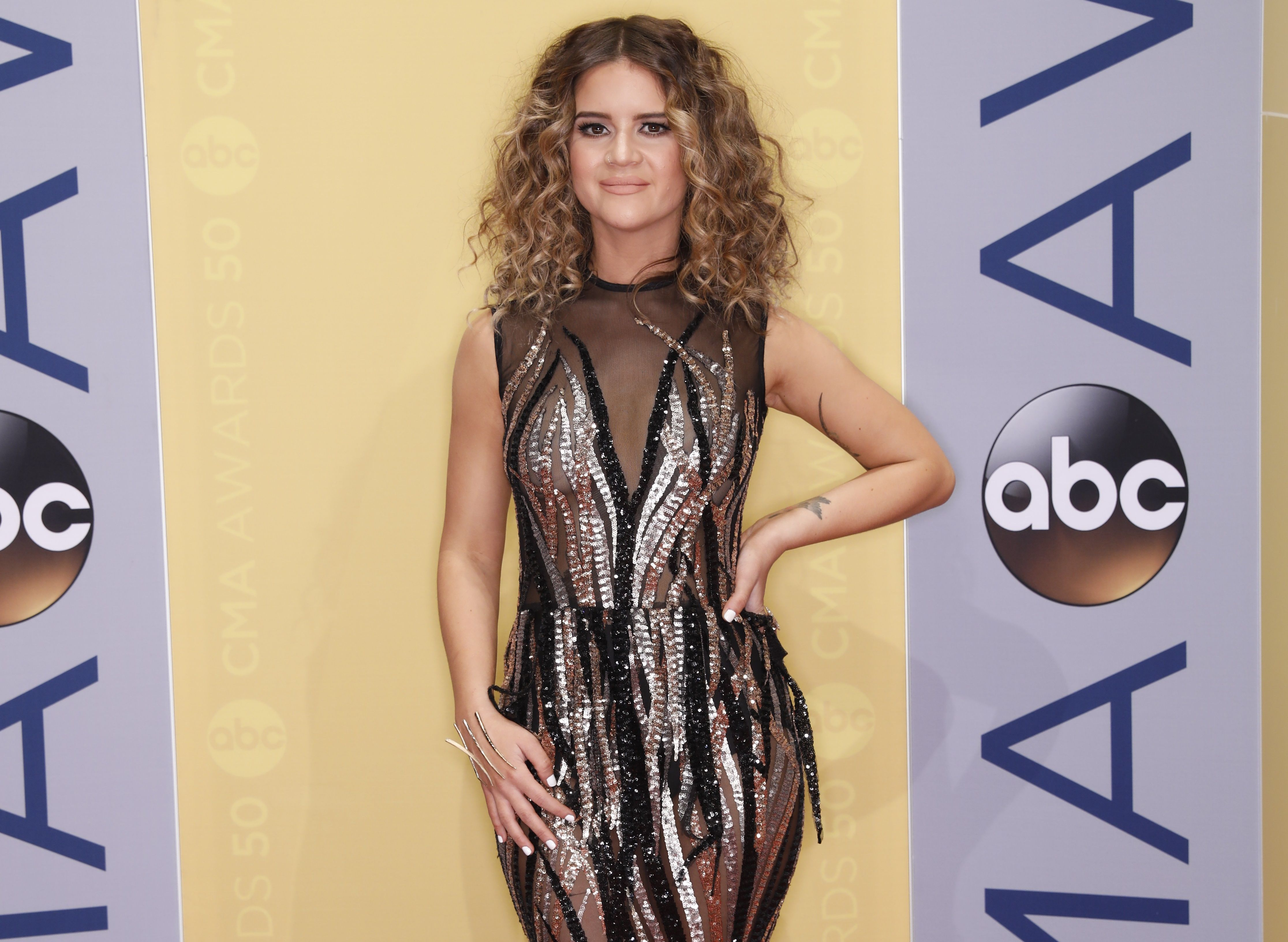 Maren Morris Named CMA New Artist of the Year (With images