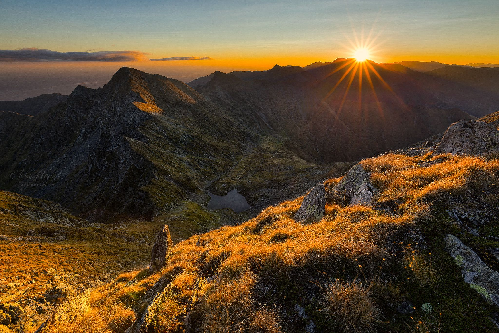 Moldoveanu - View from Arpasu Mare (2468m) at sunrise To the left Podragu (2462m) and to the valley Podu Giurgiului lake. Fagaras   Romania