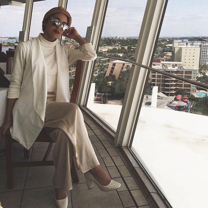 Hijab + White Vest + Creams (sallyomo)