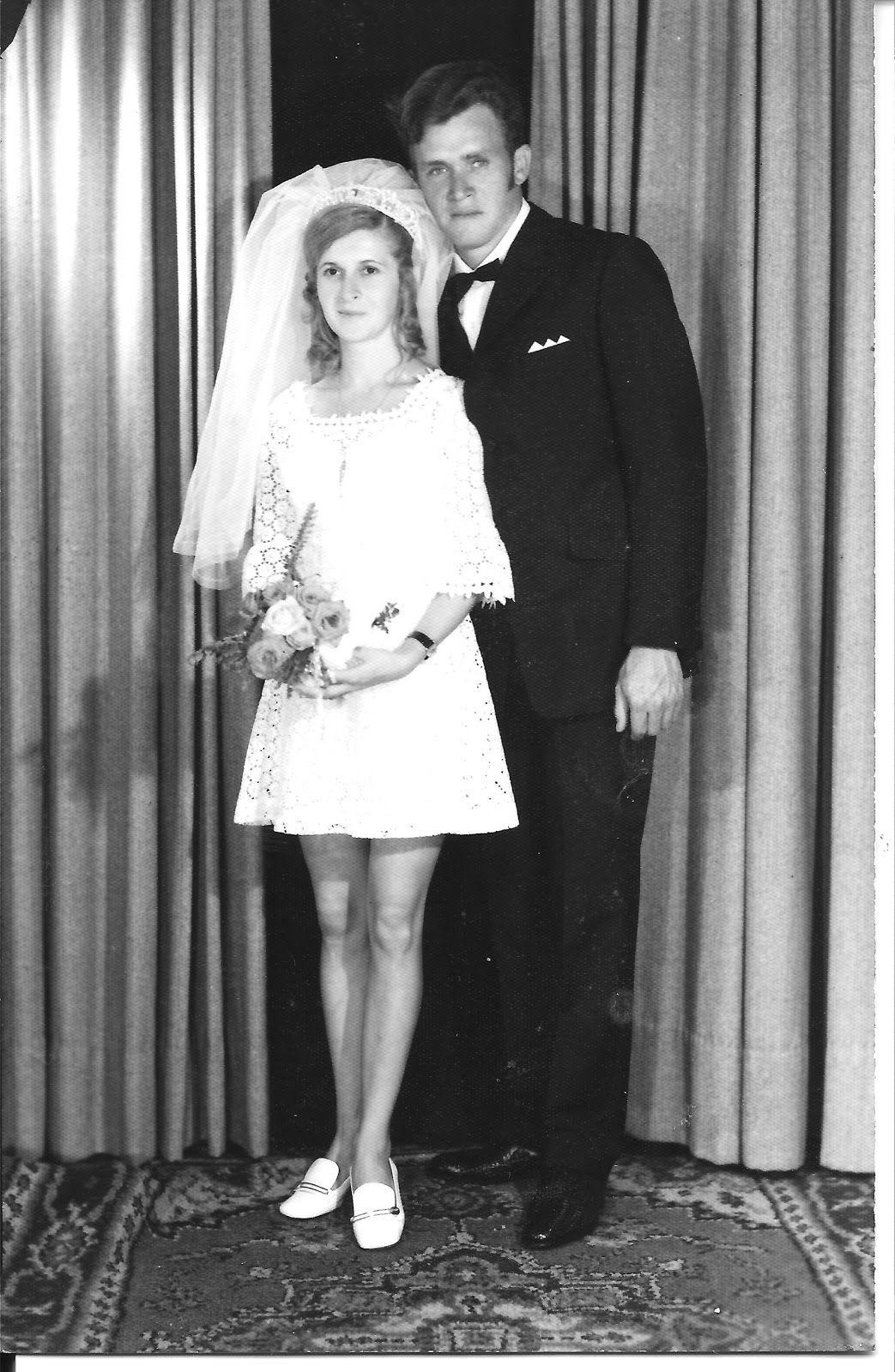 An Absence Civil Wedding Dresses Wedding Dresses Vintage Wedding Gowns Vintage [ 1600 x 1043 Pixel ]