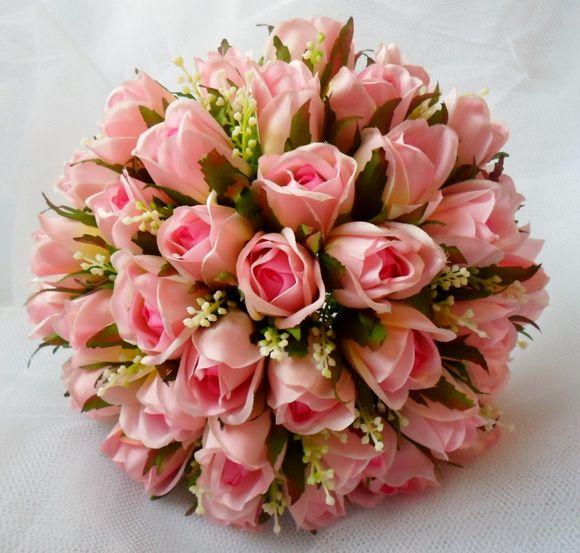 BUQUÊ PARA NOIVA Buque de botões de rosas confeccionados com