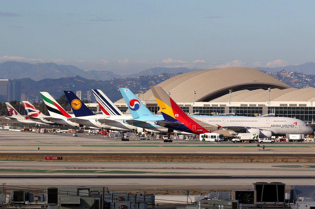 Tom Bradley International Terminal Los Angeles International Los Angeles Architecture Aeroplane
