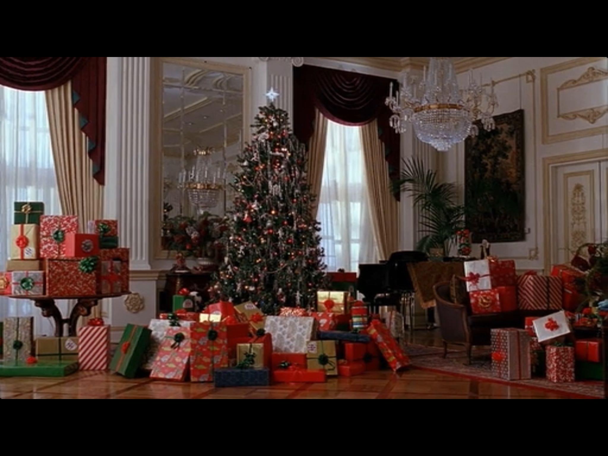 Home Alone2 Christmas Morning New York Home Alone Christmas Christmas Decorations Christmas Interiors