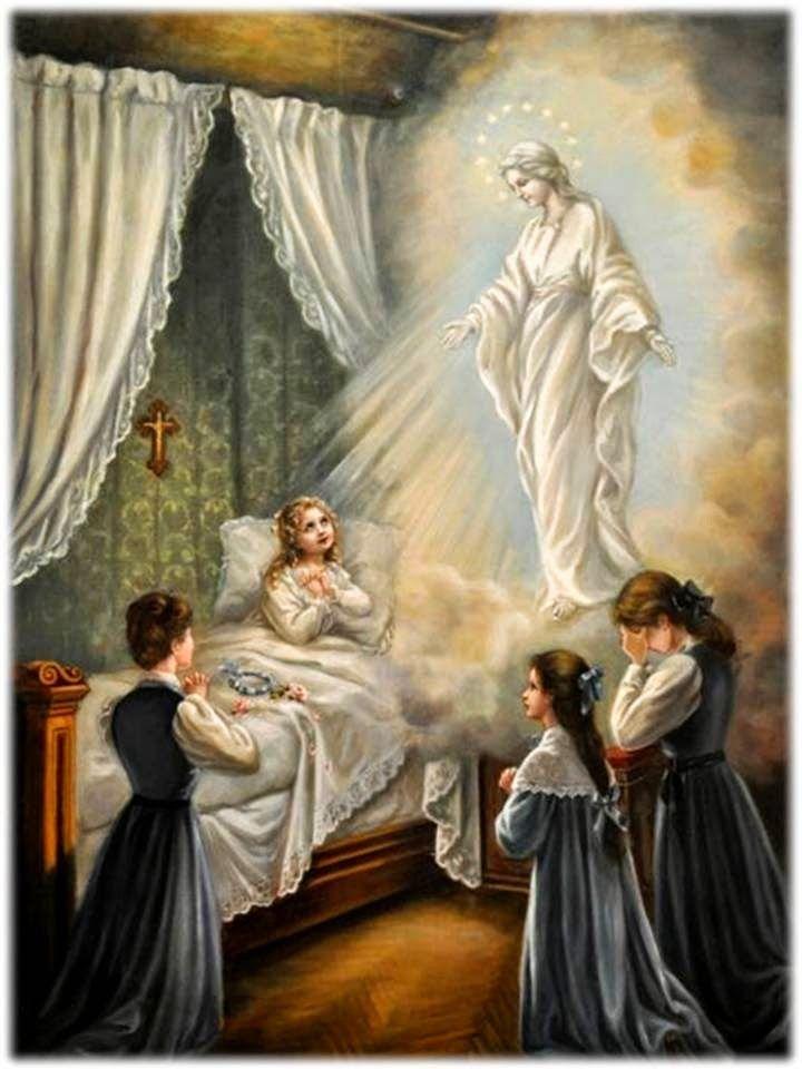 Procesión del Rosario en St Marys con la Virgen