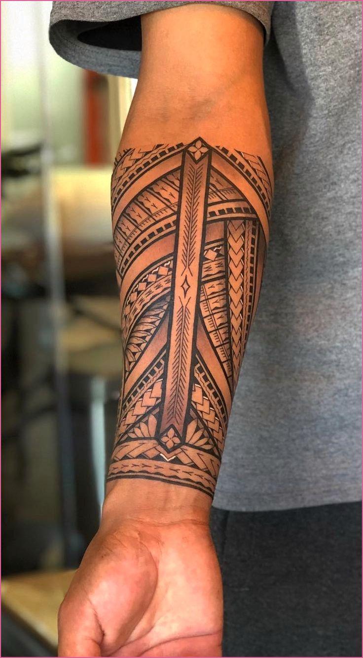 Tonsur Frisur In 2020 Tattoos Unterarm Unterarm Tatowierungen Fur Manner Tatowierung Fur Manner