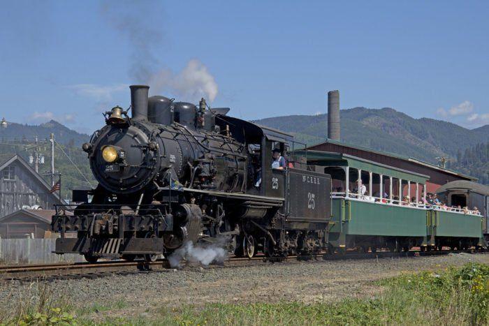 Take A Lovely Train Ride Through Oregon's Coastline On The Oregon Coast Scenic Railroad