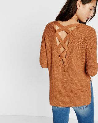 crossback v-neck shaker knit sweater // on sale
