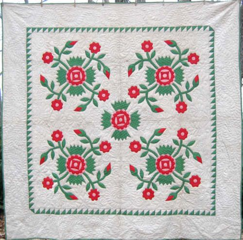 Here's a gorgeous Rose of Sharon appliqué quilt from Lancaster ... : rose of sharon quilt - Adamdwight.com