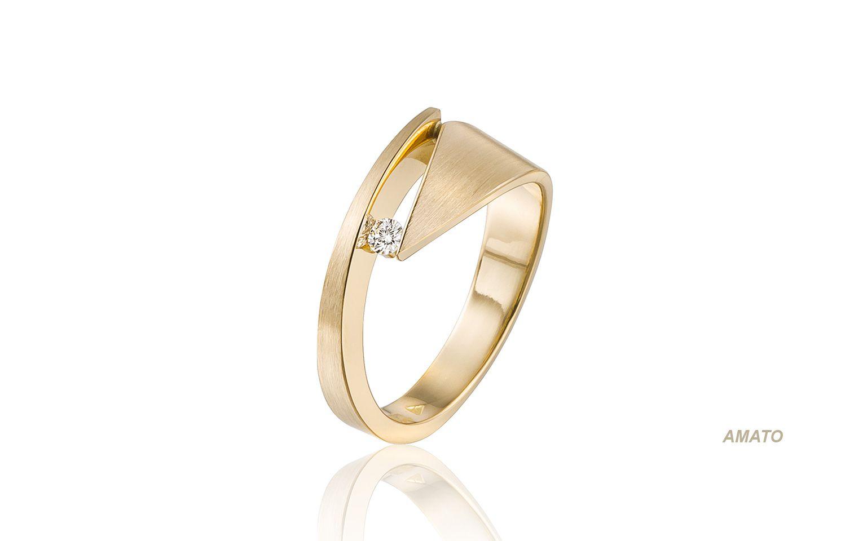 14 Krt Gouden Bijzondere Trouwringen Met Diamant 0 05 Carat