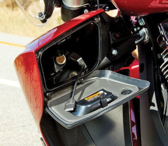 2012 Victory Cross Country Tour iPod integration | Bikes | Pinterest ...