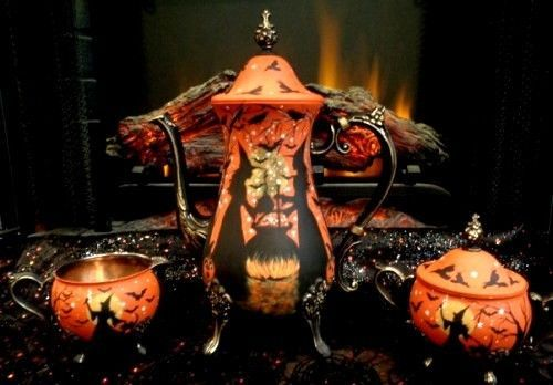 VINTAGE HALLOWEEN WITCHES BLACK CATS PUMPKINS SILVER PLATE TEA SET HP* x Peggy G