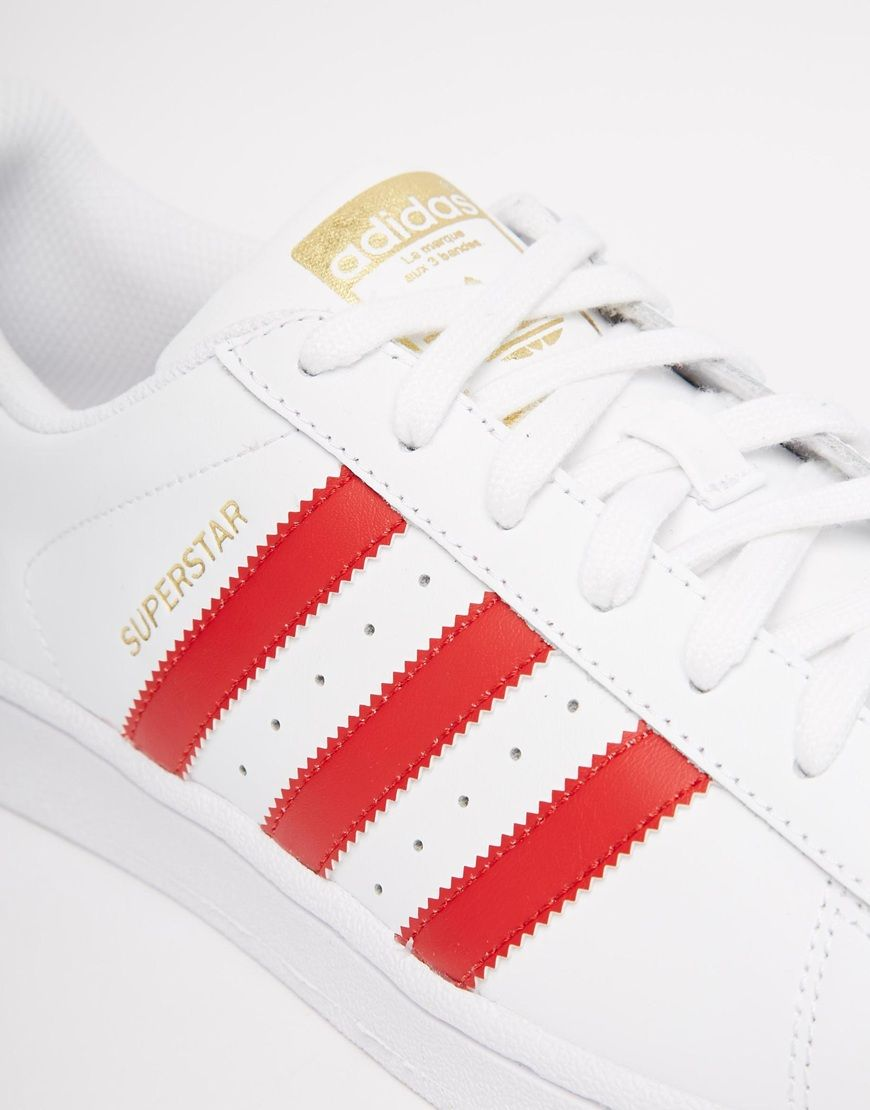 newest collection 9fd43 3e0f8 Imagen 3 de Zapatillas de deporte en blanco y rojo Superstar Foundation de  adidas Originals
