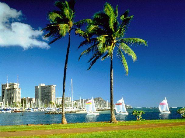 Waikiki Beach.  Honolulu, Hawai'i.