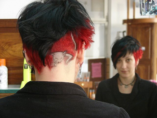 Dark Hair Red Highlight Cat Design Dark Hair Red Highlights Short Hair Undercut Mermaid Hair Color