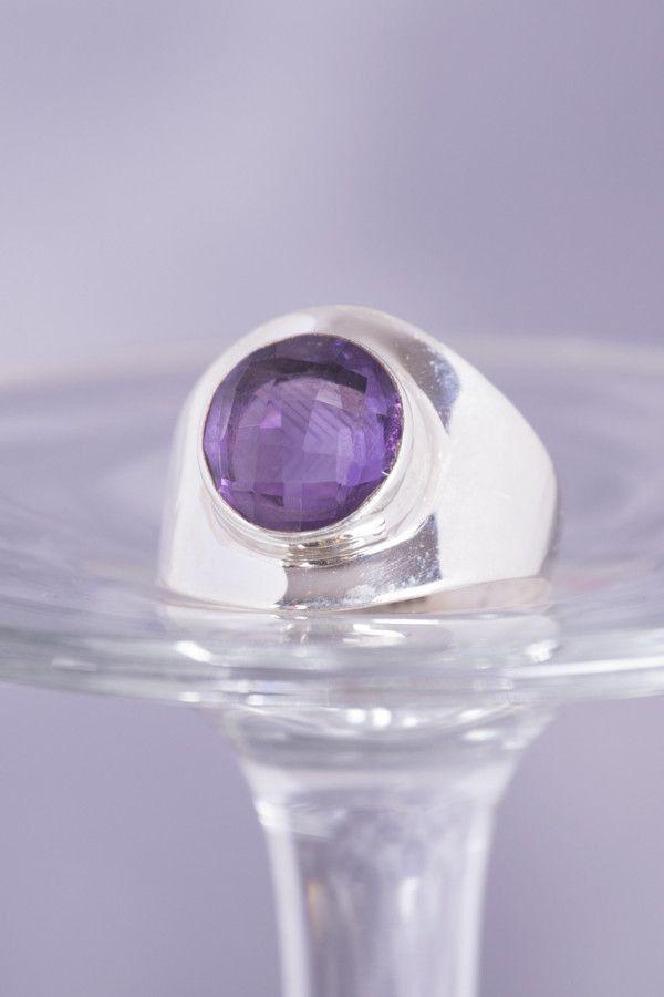 925 Sterling Silver Ring Amethyst Round Modern