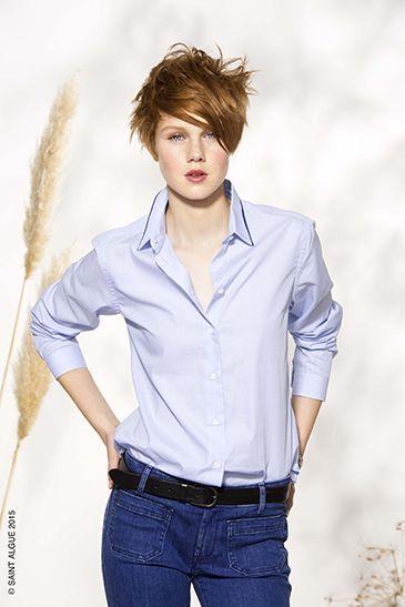 Une coupe courte dégradée ultra-féminine. Les longueurs gardées sur le dessus de tête, très ...