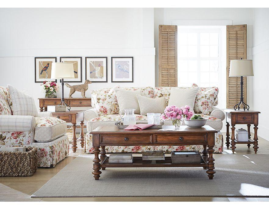 Incredibly beautiful furniture! Living room design decor