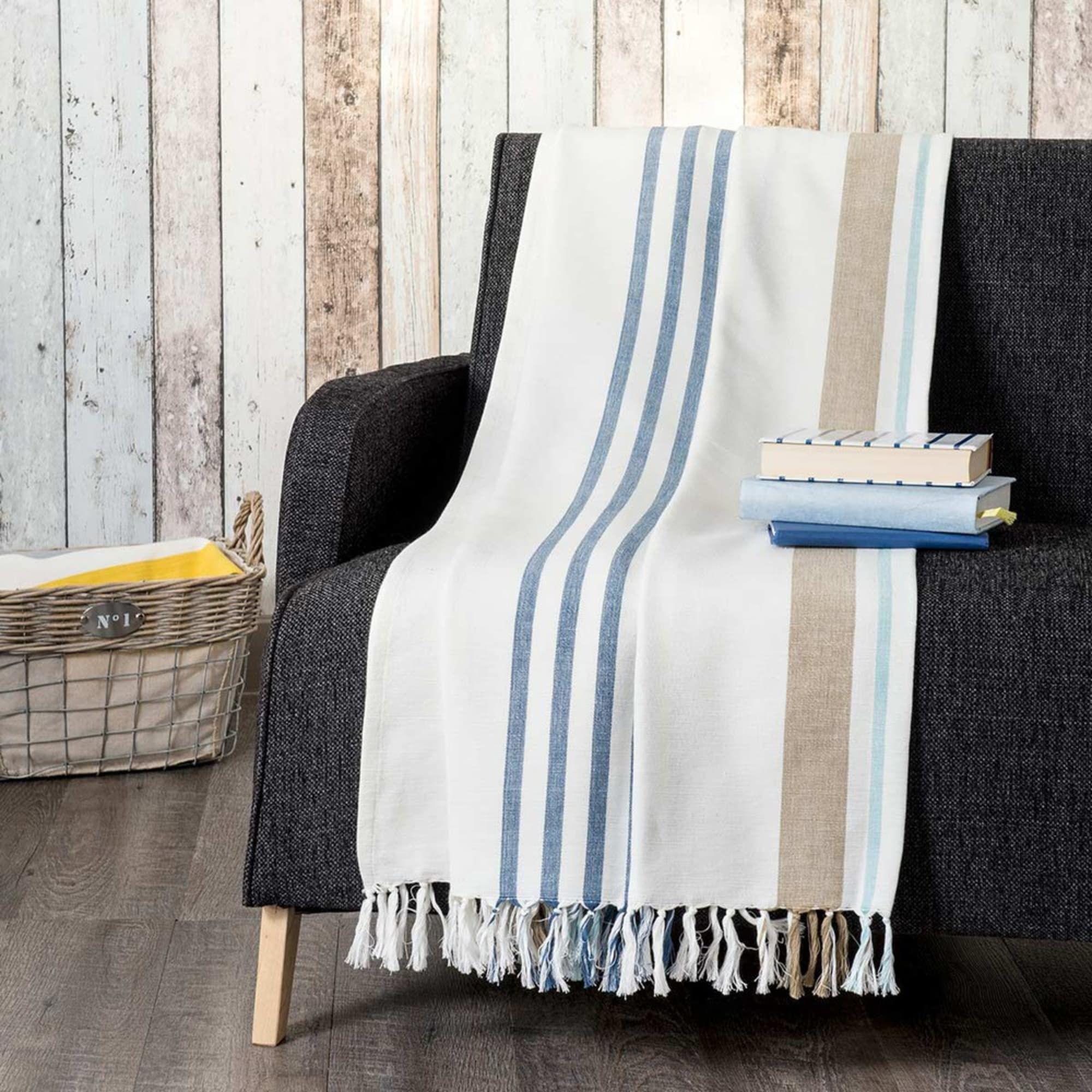 Plaid En Coton Motifs à Rayures 160x210 Cap Martin Maisons Du Monde Blanket Throw Blanket Costal Decorating