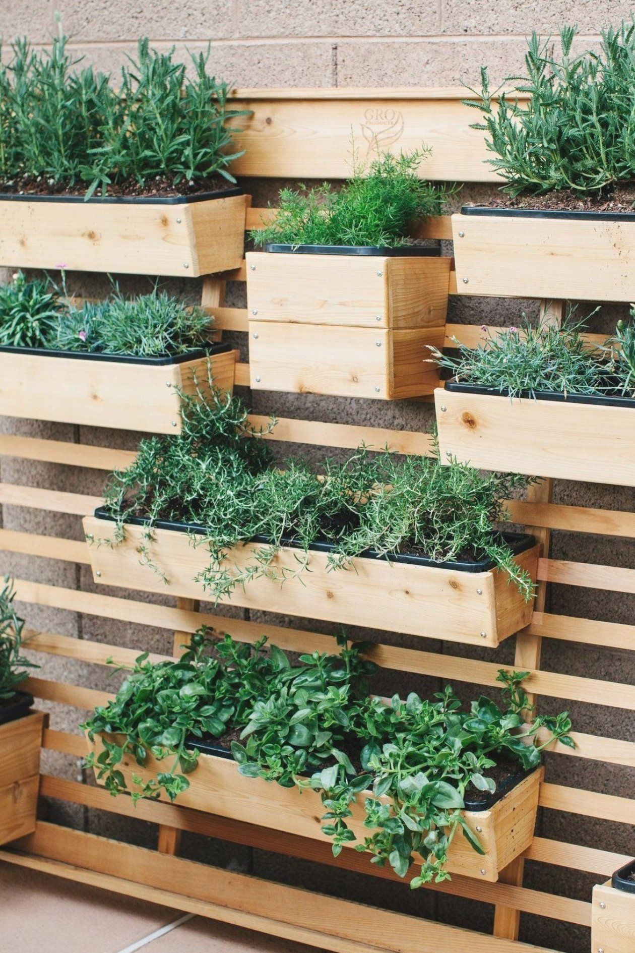 simple wood living wall for your yard that is portable and on indoor herb garden diy apartments living walls id=82569