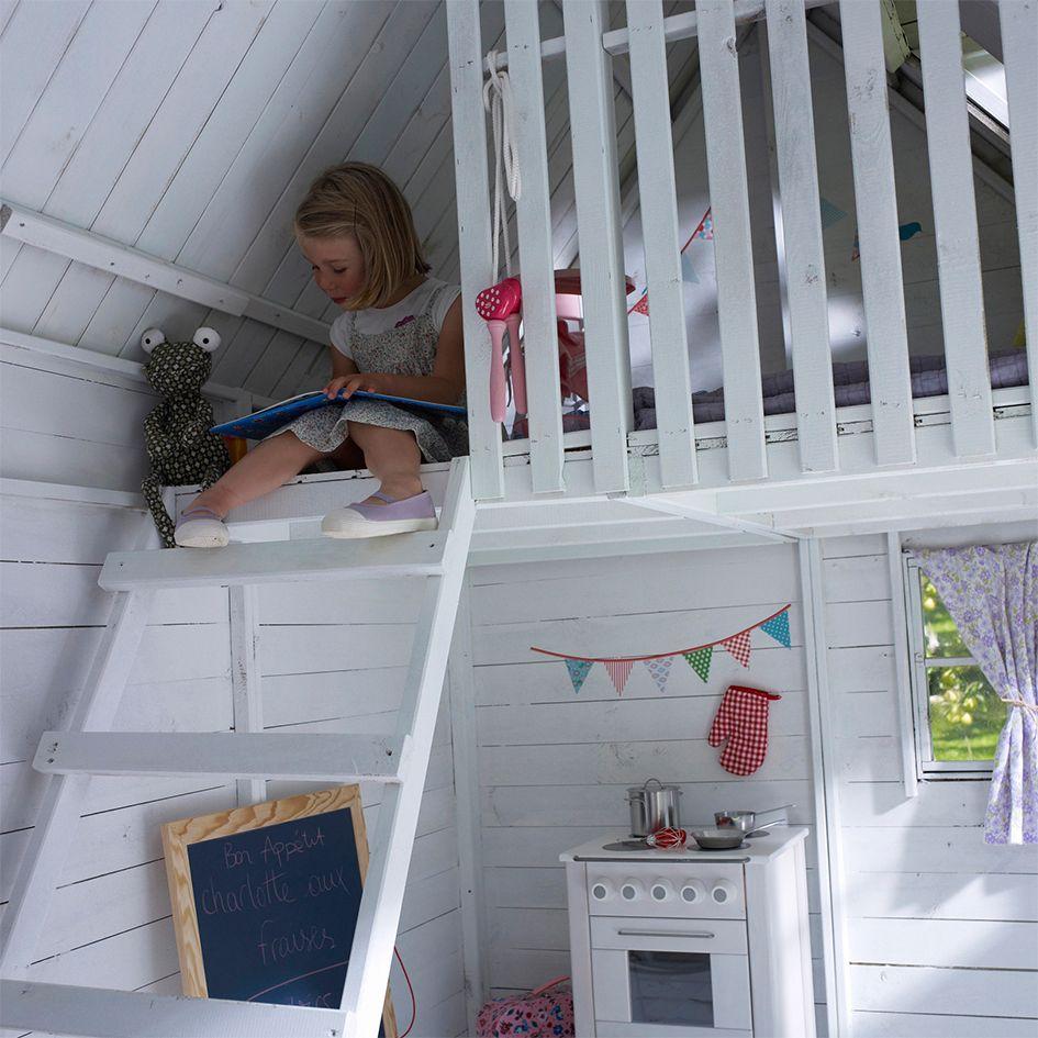 maisonnette en bois cerland rosalie cabane tim a pinterest maisonnette maisonnette en. Black Bedroom Furniture Sets. Home Design Ideas