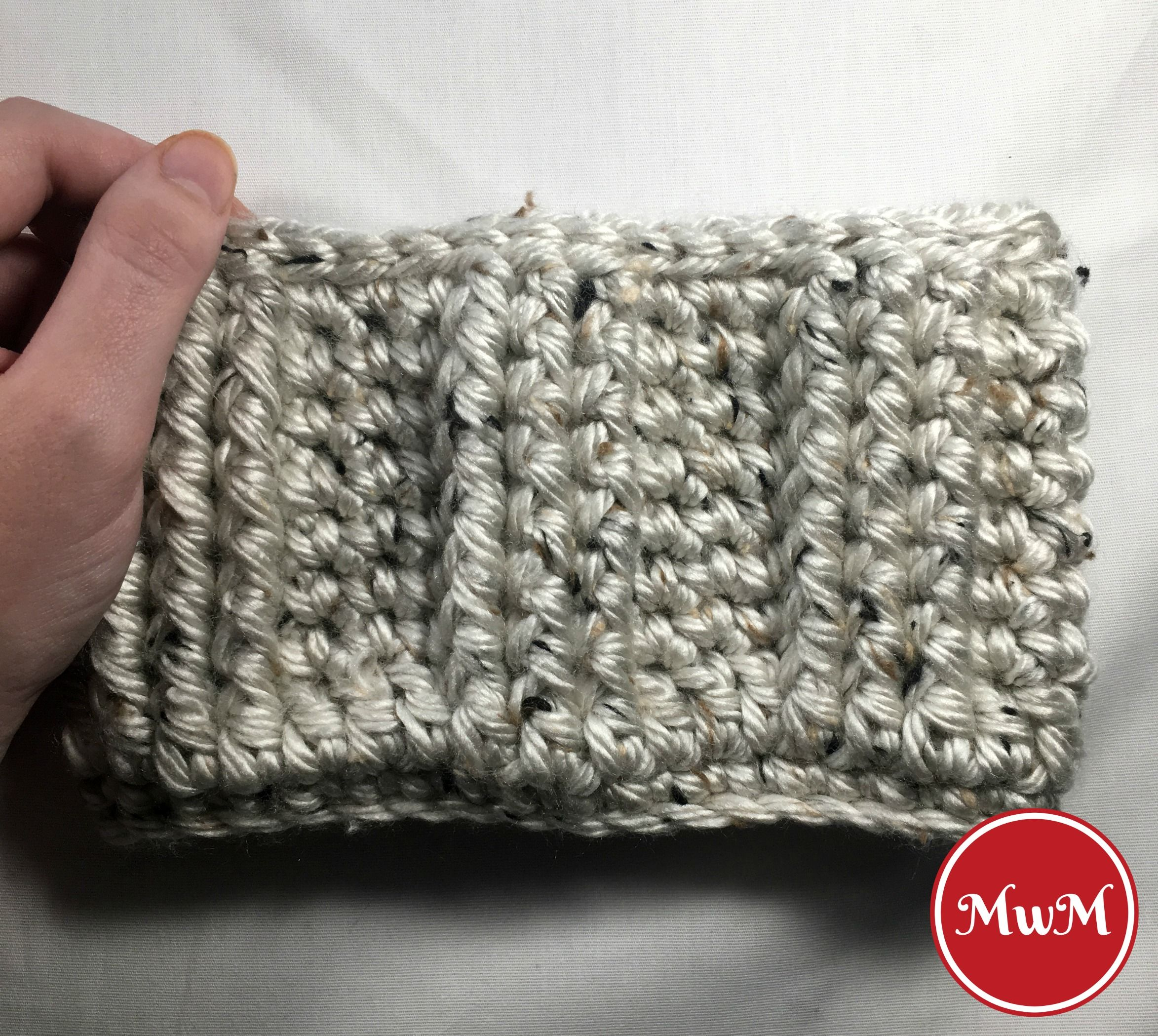 Chunky Crochet Boot Cuffs with FREE Pattern Link | Tejido