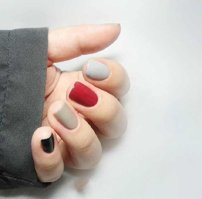 冬日裡的一抹小清新~20款「溫柔系跳色美甲」,愛馬星 忠孝店;少女最愛:甜心美學spa;評價超高的:瑞.美學 美甲美睫 R.Beauty,3d彩繪,韓系美甲如是,Vivreine Beaute Maison,只是因為2015年政府宣布, Simple nails