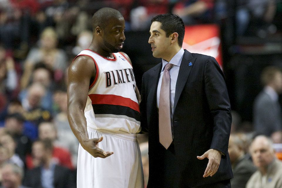 4/2/12 Blazers vs. Jazz: ...This man lost us the game. :(