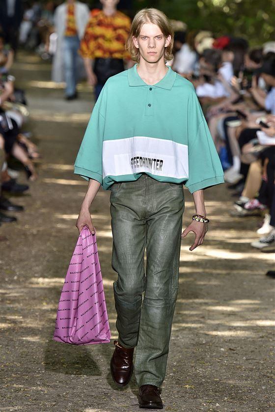 ffb871b02 Balenciaga SS 18 | KEY ITEM SS19: POLO SHIRT | Fashion, Polo Shirt ...